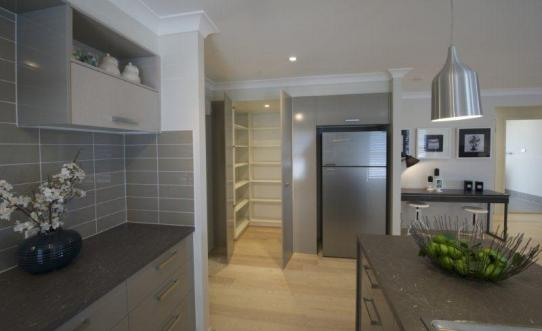 35_pembrey_kitchen_pantry