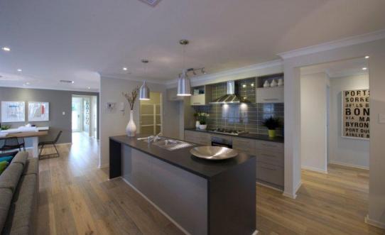 36_sebring_kitchen
